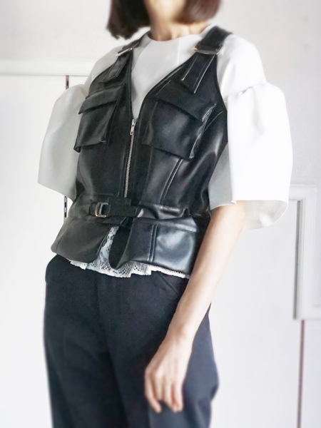 AKIKOAOKI SYNTHETIC LEATHER VEST