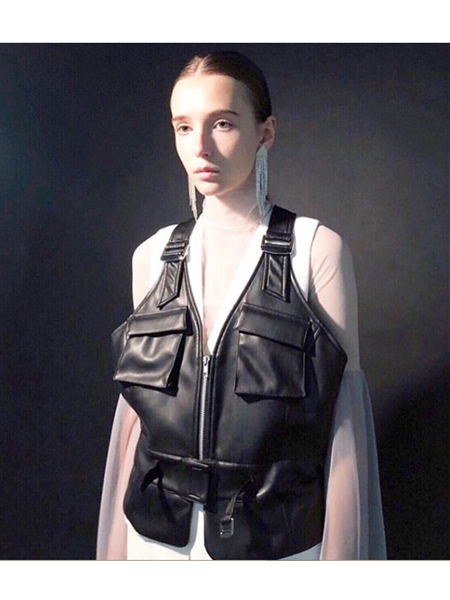 akikoaoki,synthetic leather vest