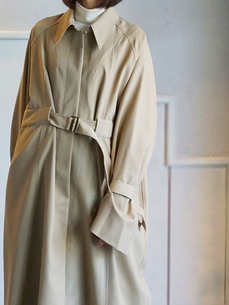 akikoaoki trench coat