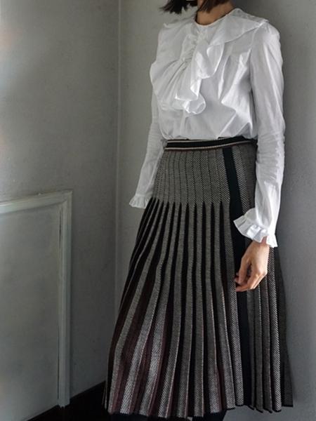 thierry colson blouse & leur logette knit skirt