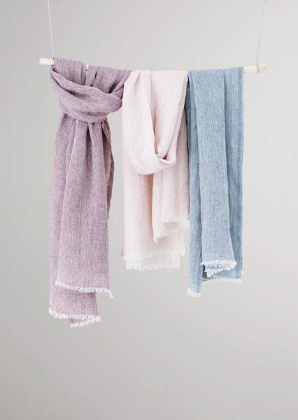 LAPUAN KANKURIのスカーフ