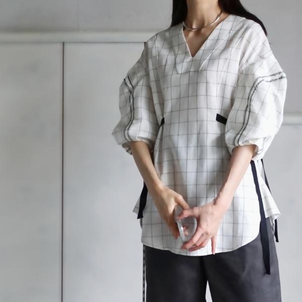 akiko aoki linen blouse