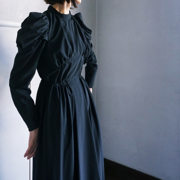 AKIKO AOKI gentlwoman dress
